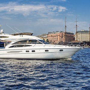 Ру-Чартерс — аренда яхт, катеров и теплоходов в Спб.