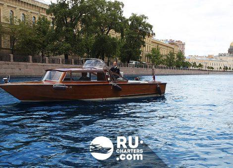 Аренда катера в Спб «Катарина»
