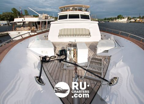 Аренда яхты в Спб «Lady Ola»