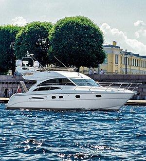 Аренда яхты в Спб «Princess 42»