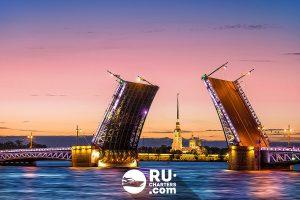 Аренда яхт, катеров и теплоходов в СПб. Разведение мостов.