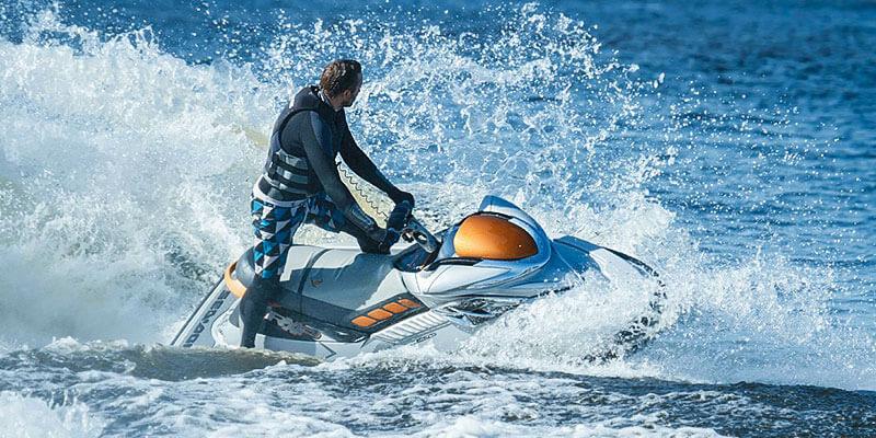 Аренда водных мотоциклов (гидроциклов) в Санкт-Петербурге