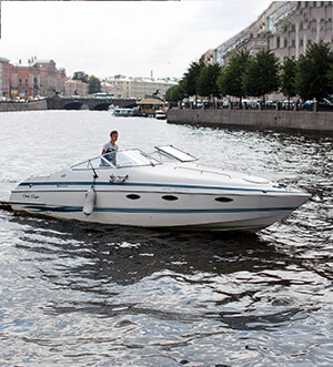 «Крис» Chris Craft 268 Аренда катера в СПб