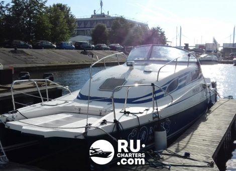 «motor Cat 30» Аренда катамарана в СПб