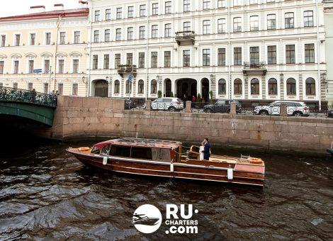 «Византия» Аренда катера в СПб