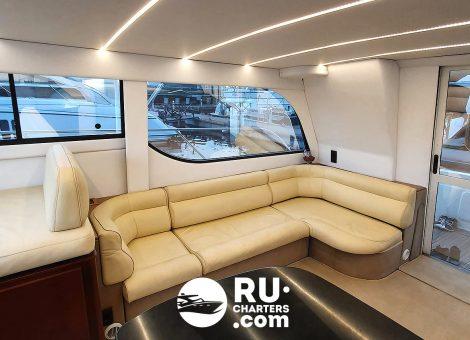 «bayliner 37» Аренда яхты в СПб