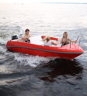 Аренда катера без капитана «Управляй сам»
