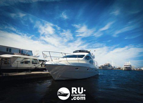 Аренда яхты «azimut 42» в Санкт Петербурге