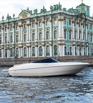 Аренда катера Pioneer в Санкт Петербурге