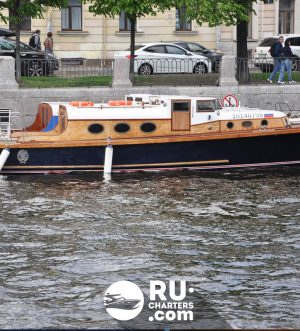 Аренда катера Новик в Санкт Петербурге